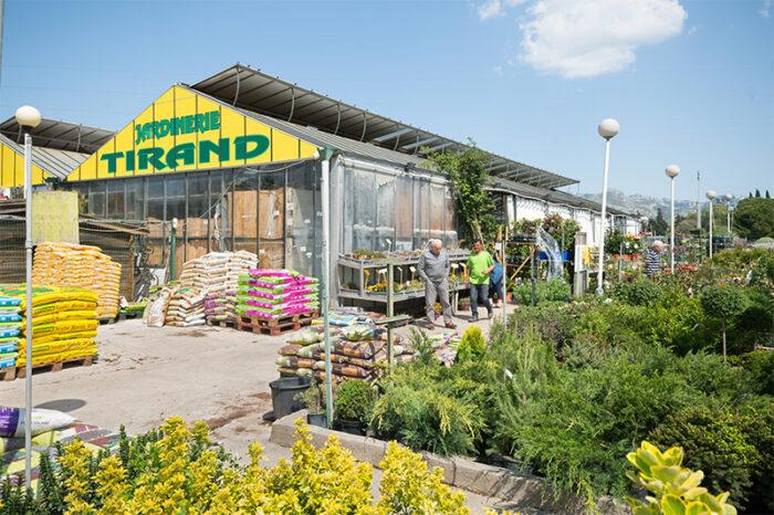 Jardinerie Tirand La Main Verte A Aubagne L Expert Du Jardinage